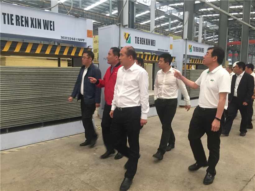 Chinese famous paint brand - SKSHU chairman visit BRD Group